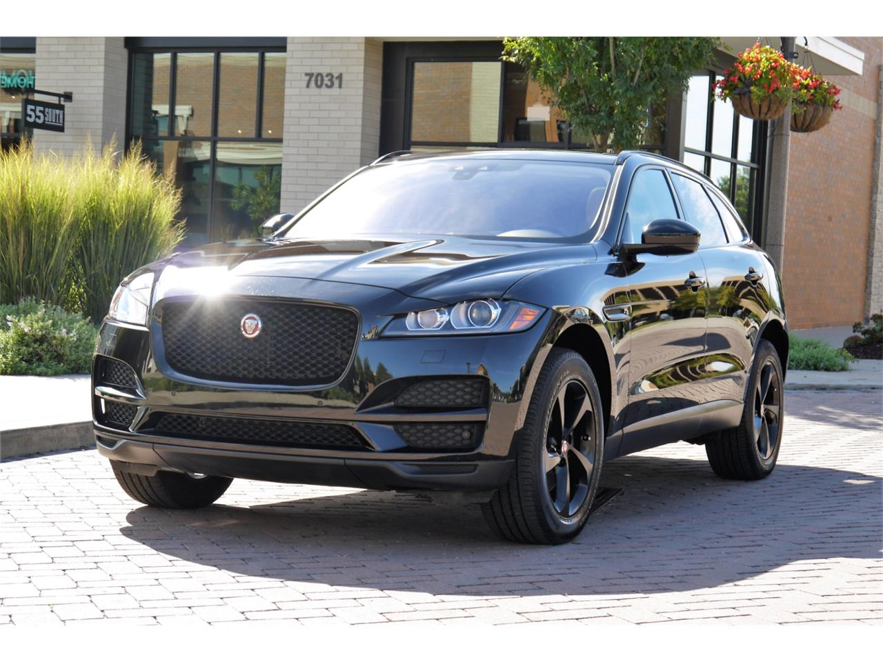 Large Picture of '17 Jaguar F-PACE - $49,800.00 Offered by Arde Motorcars - OOIB