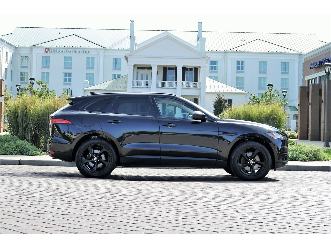 Large Picture of 2017 F-PACE located in Tennessee Offered by Arde Motorcars - OOIB