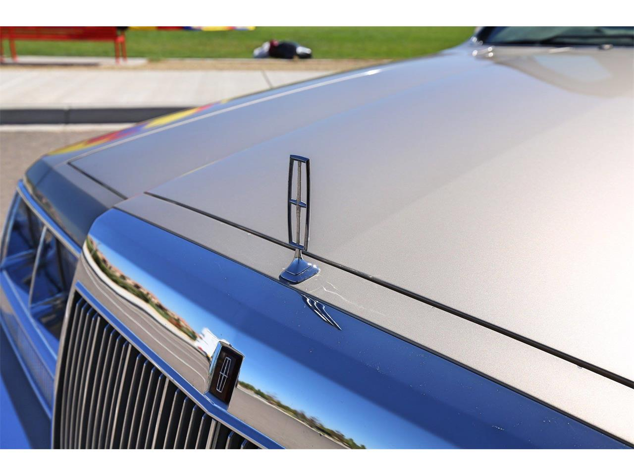 Large Picture of 1987 Lincoln Continental located in Albuquerque New Mexico Offered by a Private Seller - OOIS