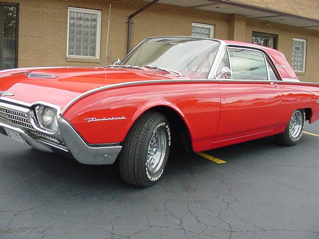 1962 Ford Thunderbird 2- Dr coupe