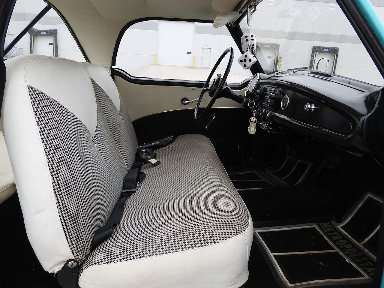 Large Picture of 1957 Metropolitan Offered by Gateway Classic Cars - Milwaukee - OOM4