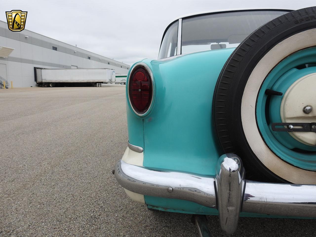 Large Picture of Classic 1957 Nash Metropolitan - OOM4