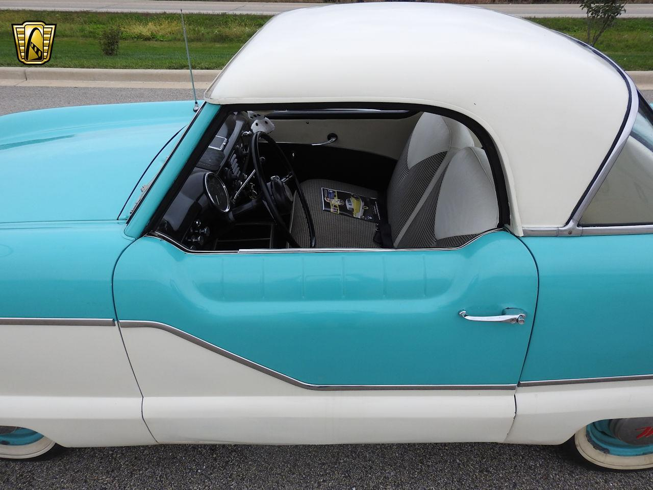 Large Picture of Classic '57 Nash Metropolitan located in Wisconsin - OOM4