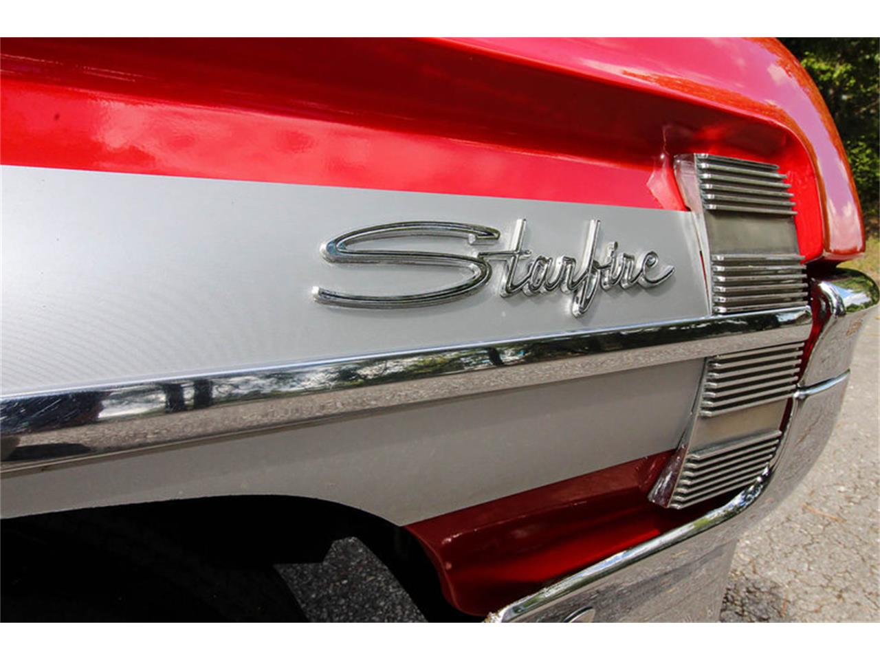Large Picture of Classic 1961 Starfire Auction Vehicle Offered by Leake Auction Company - OONR