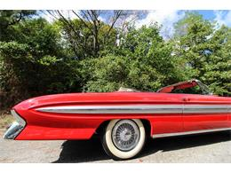 Picture of Classic 1961 Starfire located in Dallas Texas Auction Vehicle Offered by Leake Auction Company - OONR