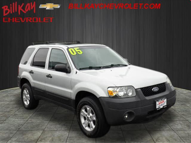 Picture of 2005 Ford Escape located in Illinois - $5,875.00 Offered by  - OOO8