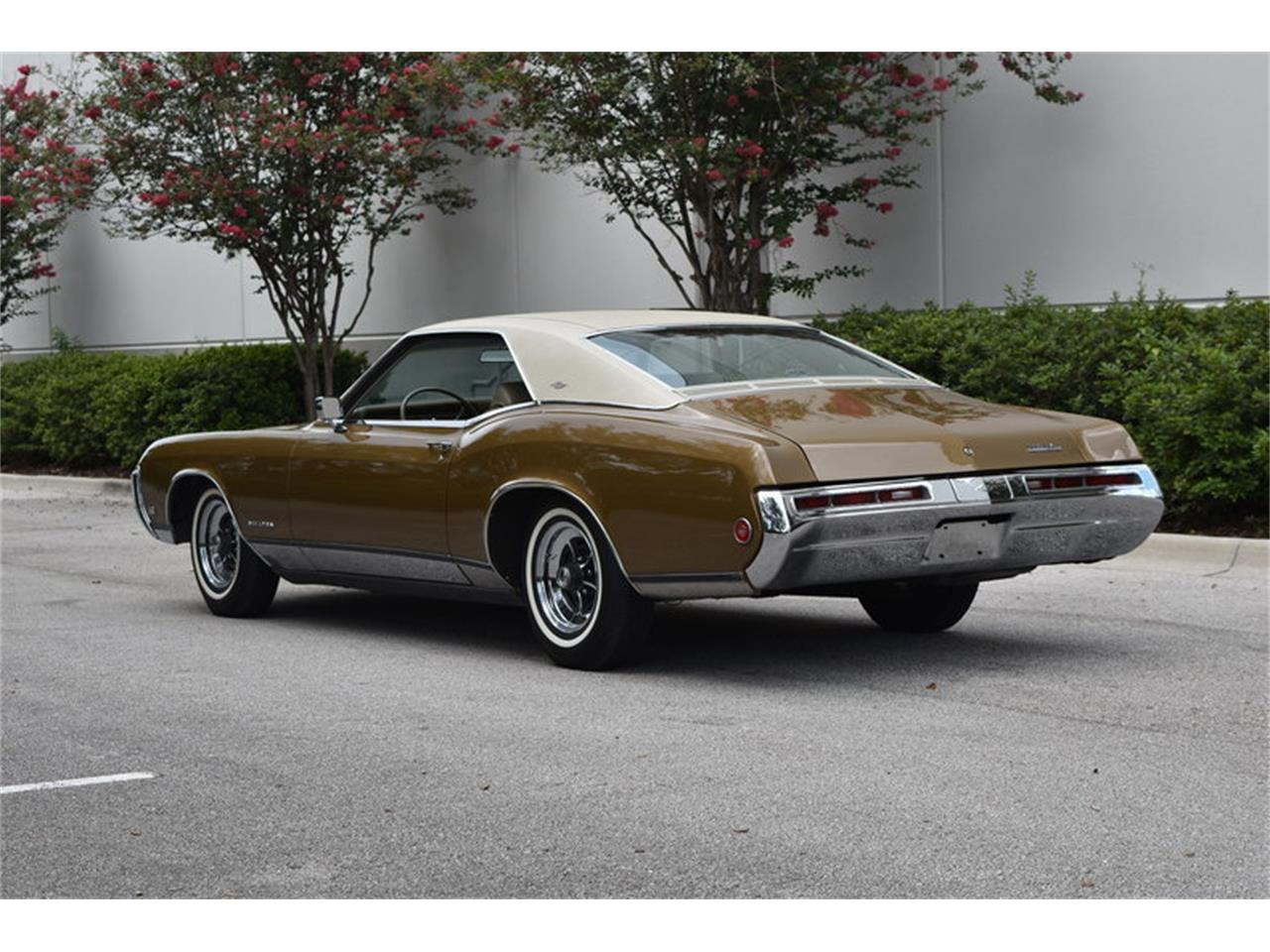Large Picture of '69 Riviera - ONHO