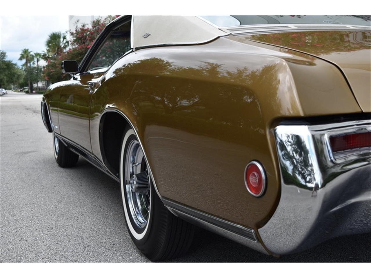 Large Picture of Classic 1969 Riviera Auction Vehicle - ONHO