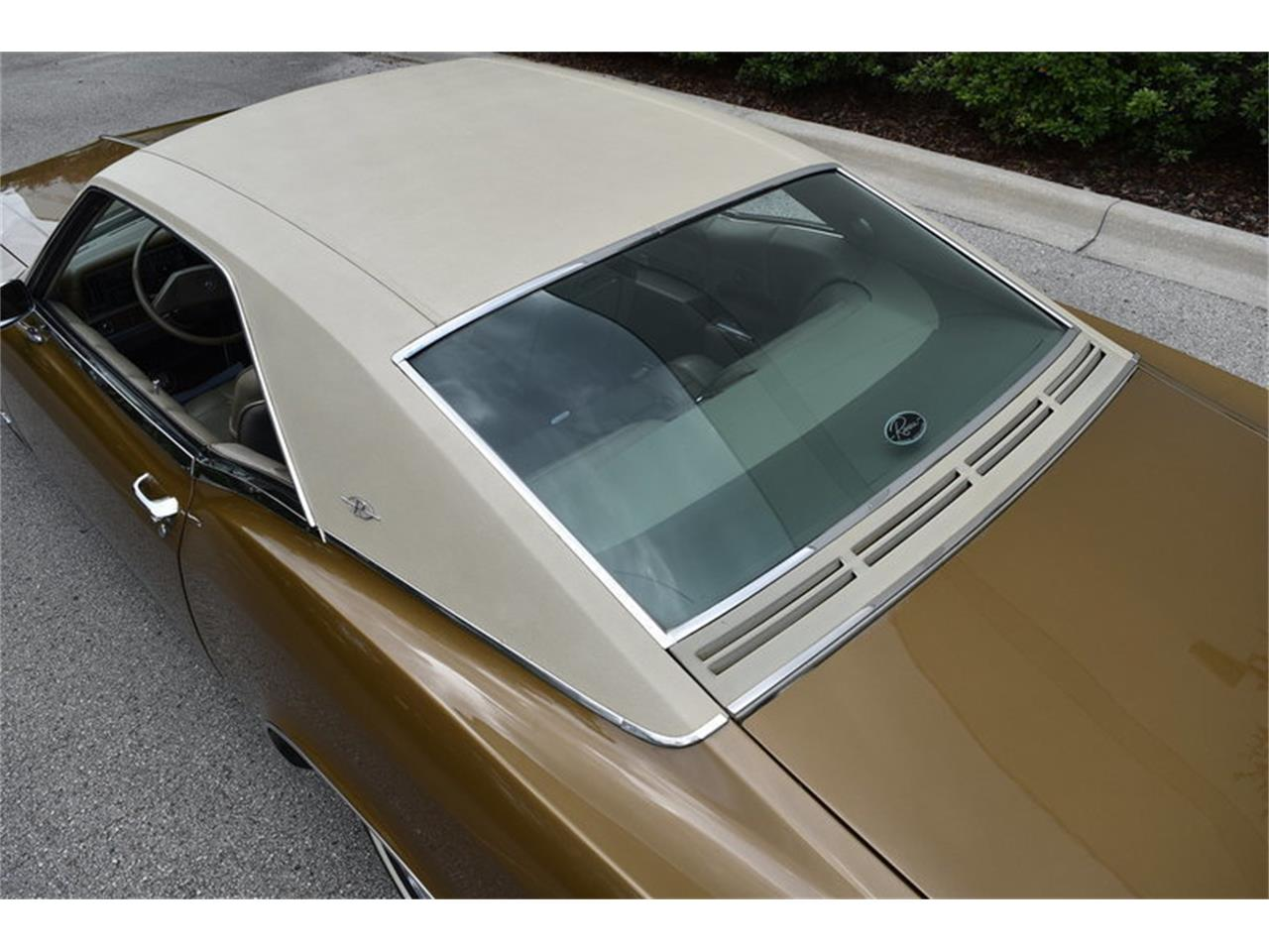 Large Picture of Classic '69 Buick Riviera located in Florida Offered by SunCoast Auto Auction - ONHO