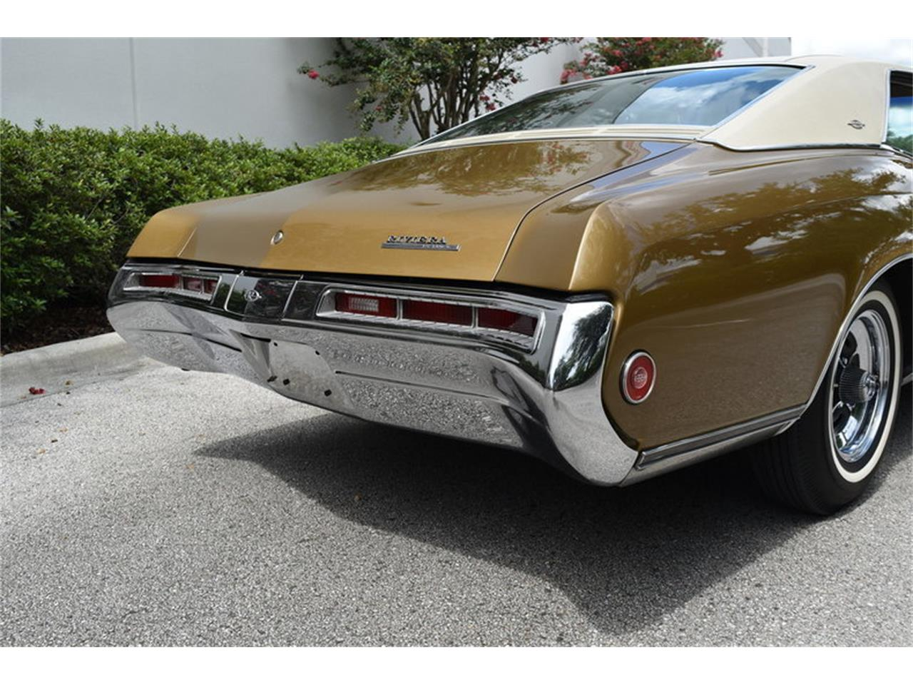 Large Picture of Classic '69 Riviera located in Zephyrhills Florida Auction Vehicle Offered by SunCoast Auto Auction - ONHO