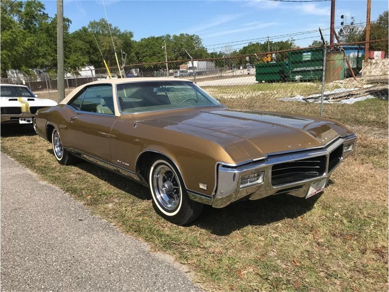 Large Picture of '69 Buick Riviera Offered by SunCoast Auto Auction - ONHO