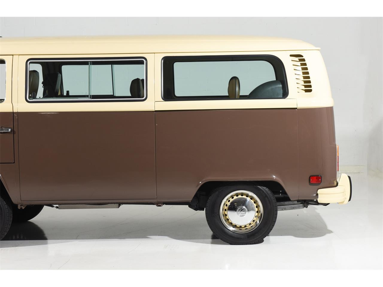 Large Picture of '78 Bus Auction Vehicle - OOW9