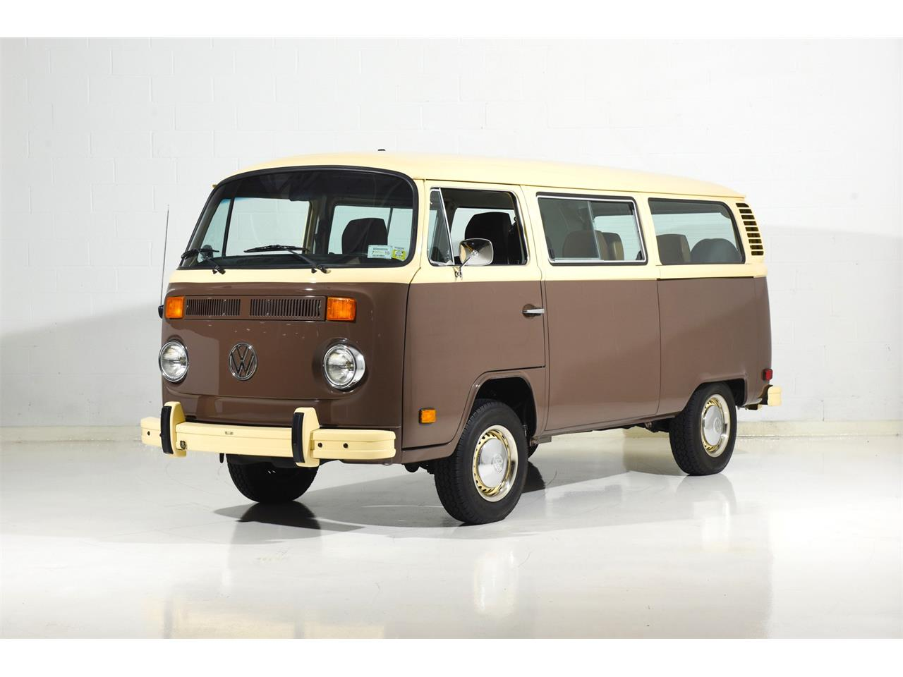 Large Picture of 1978 Bus located in New York Offered by Motorcar Classics - OOW9