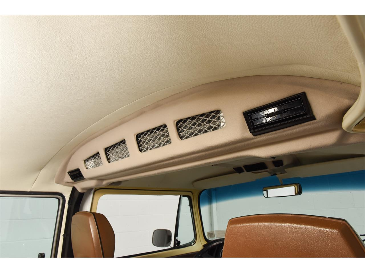 Large Picture of '78 Bus Offered by Motorcar Classics - OOW9