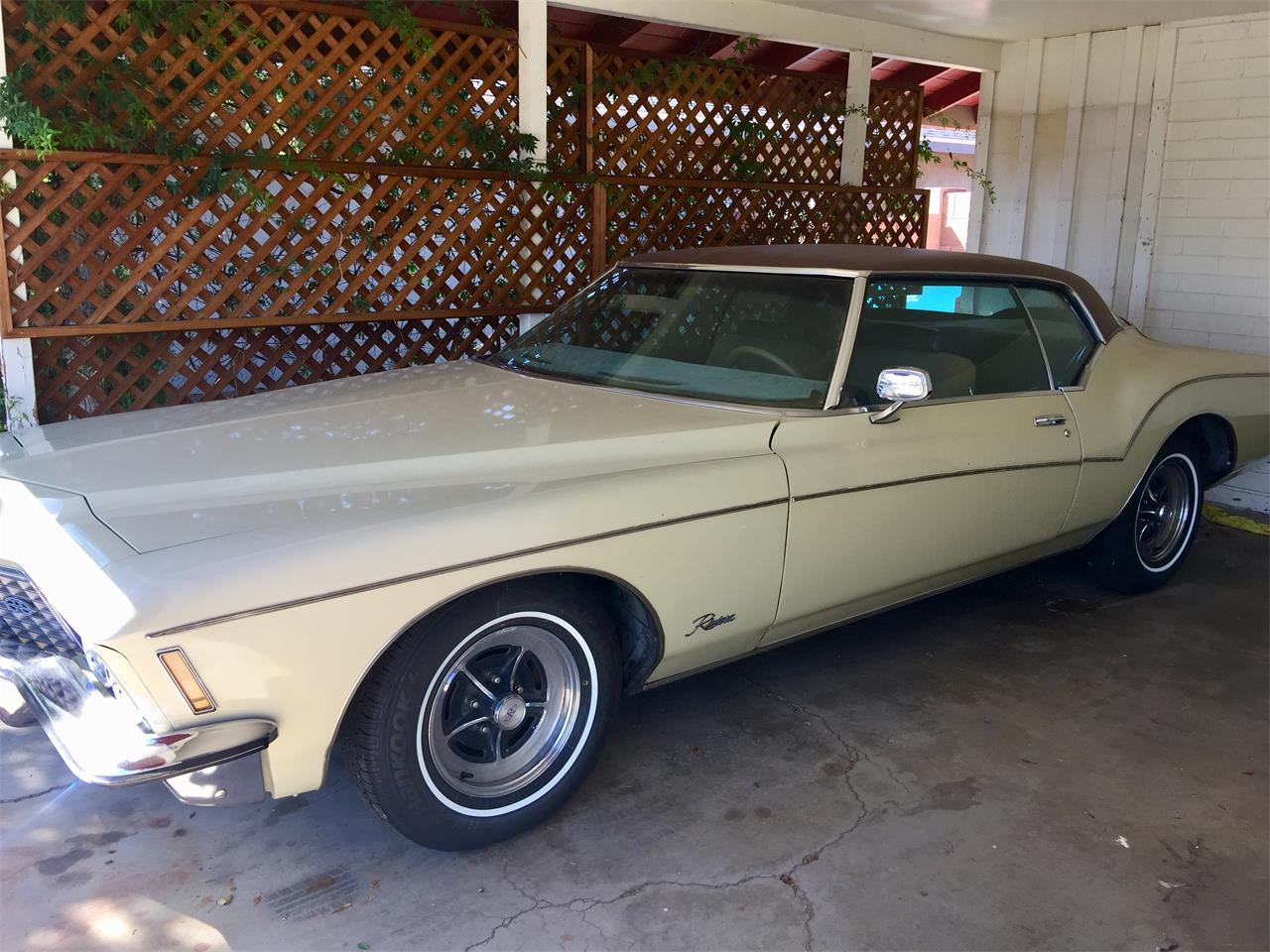 Large Picture of '72 Buick Riviera located in Arizona - OOZF