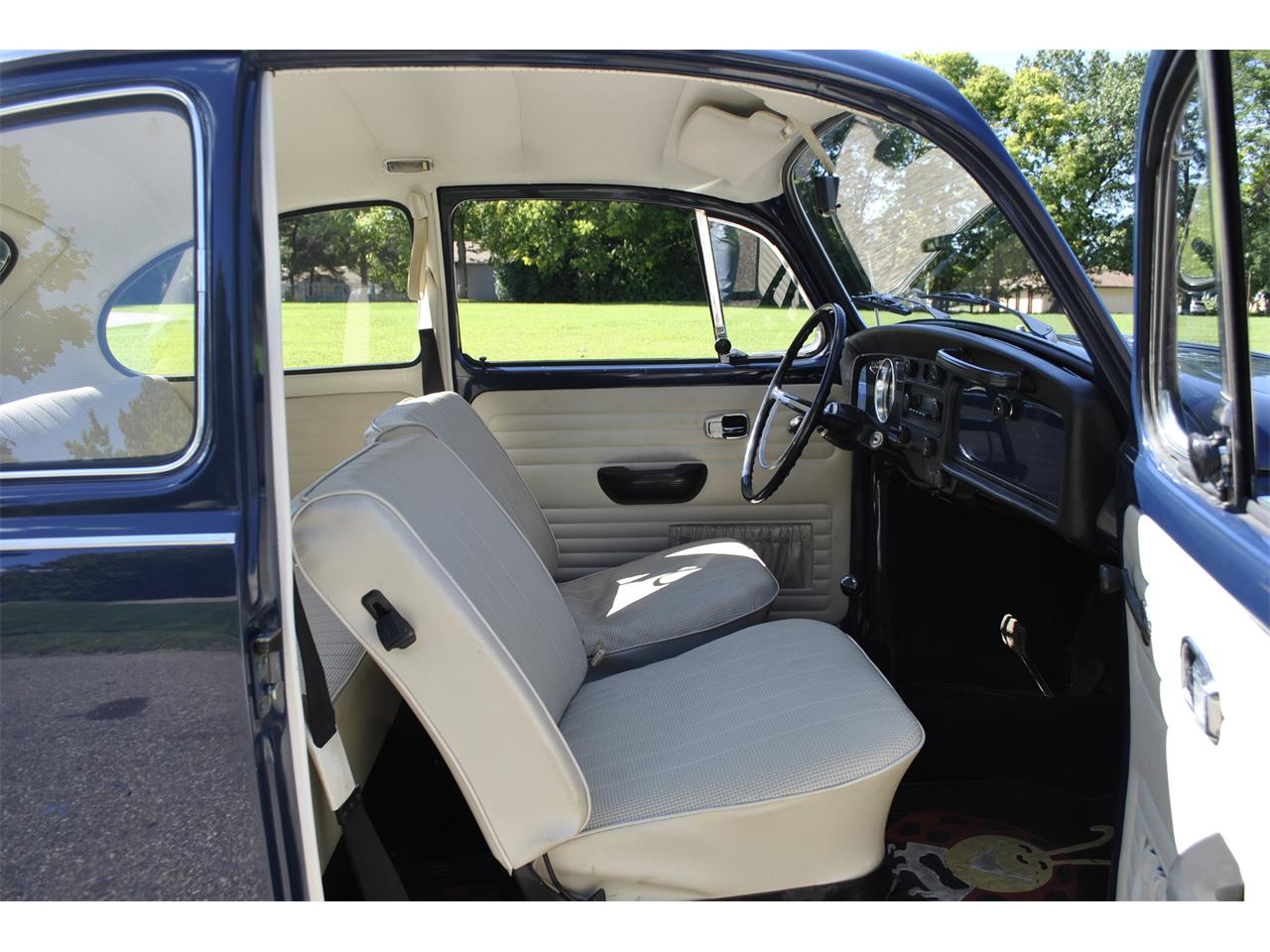 Large Picture of Classic '69 Volkswagen Beetle Auction Vehicle Offered by Earlywine Auctions - OP65
