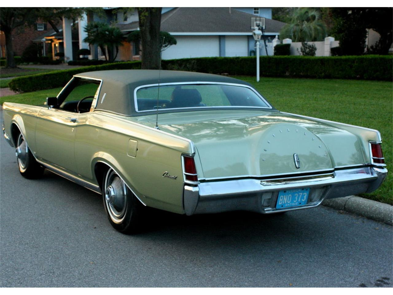 Large Picture of Classic '69 Continental Mark III located in Lakeland Florida - OPDW
