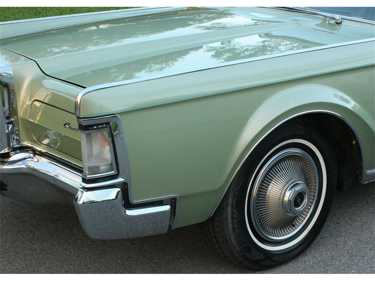 Large Picture of '69 Lincoln Continental Mark III located in Florida Offered by MJC Classic Cars - OPDW