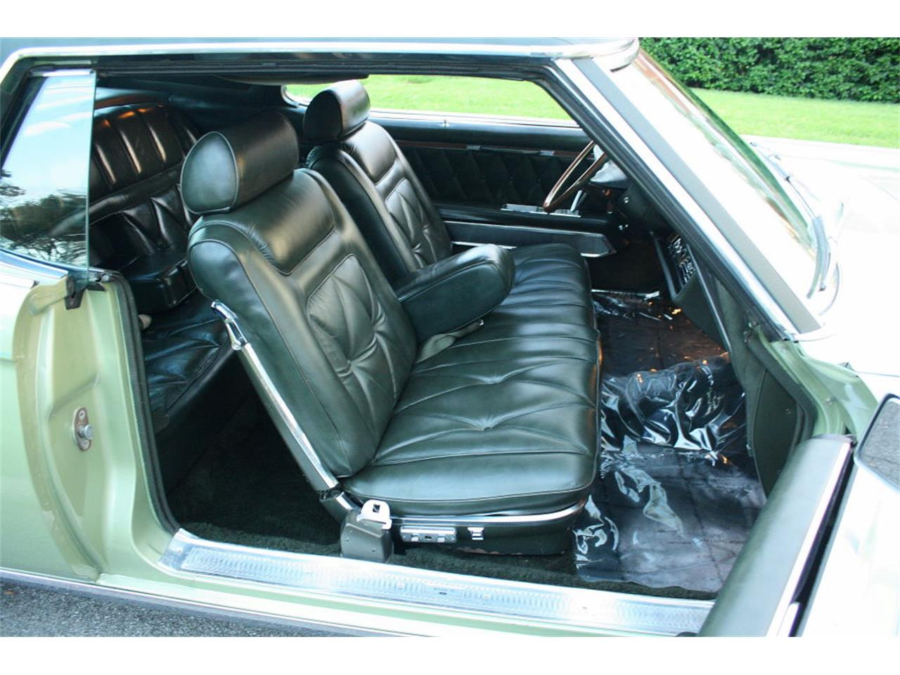 Large Picture of Classic '69 Continental Mark III - OPDW