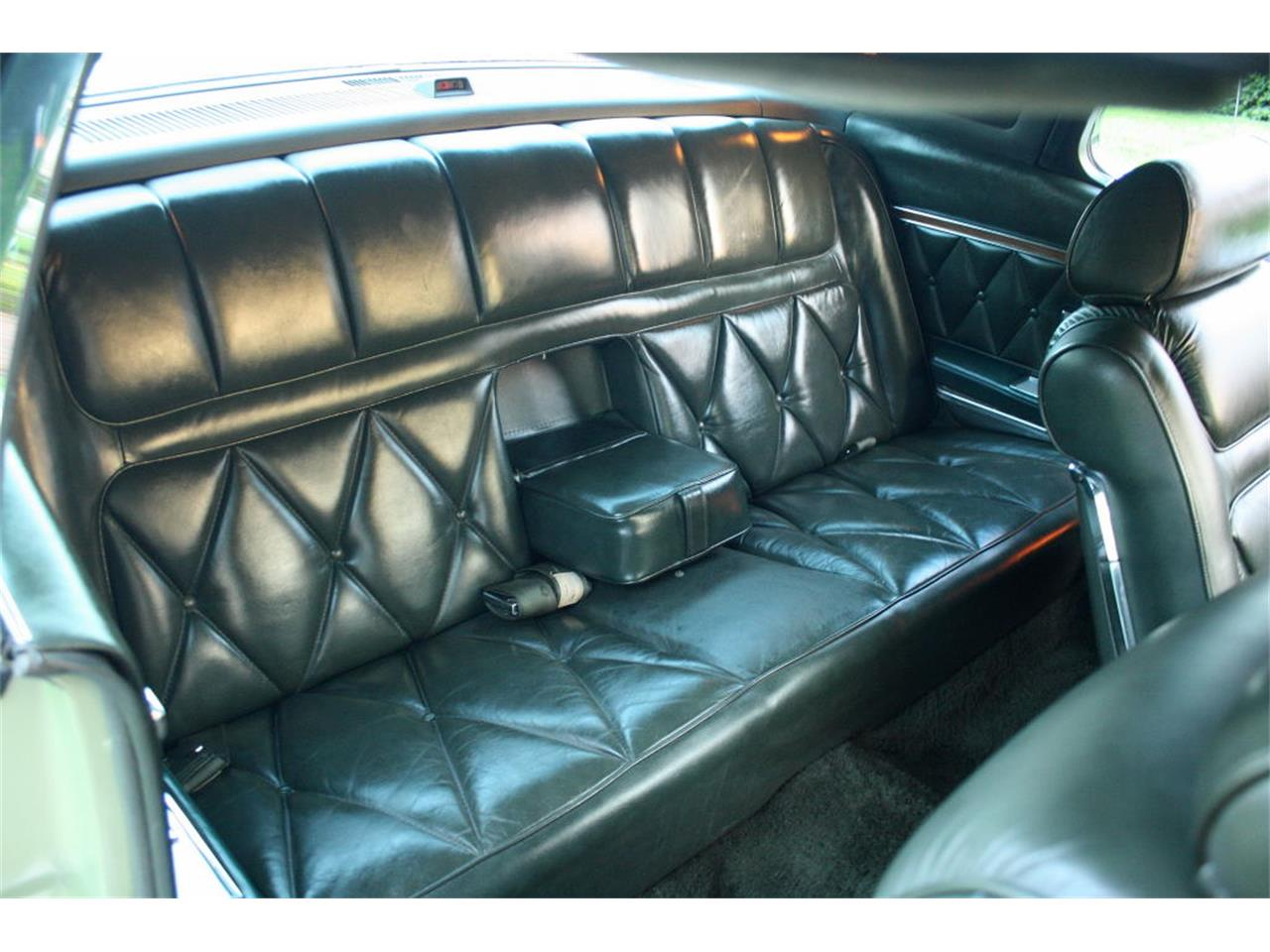 Large Picture of Classic 1969 Lincoln Continental Mark III located in Florida - OPDW