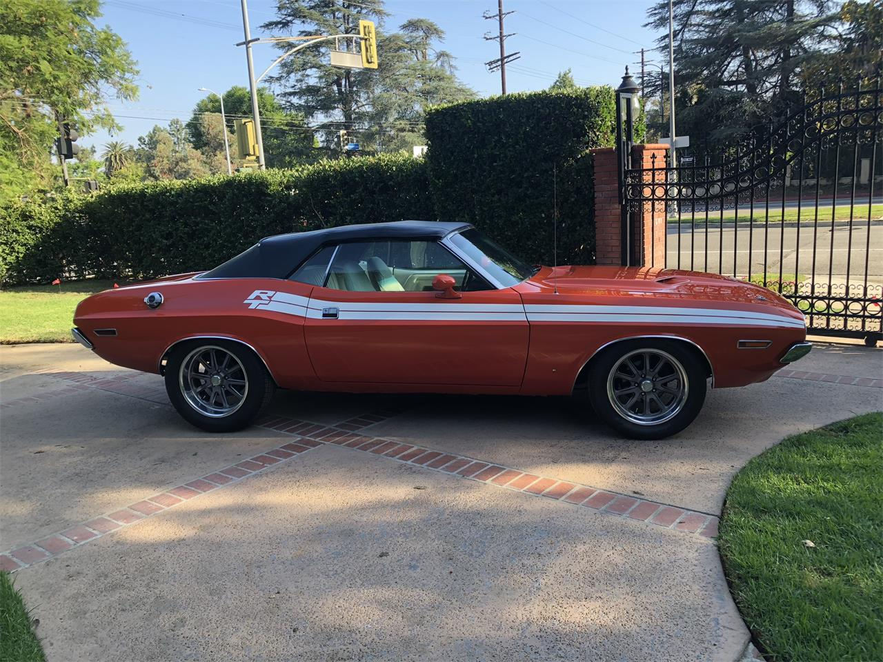 Large Picture of '71 Challenger - OPSL