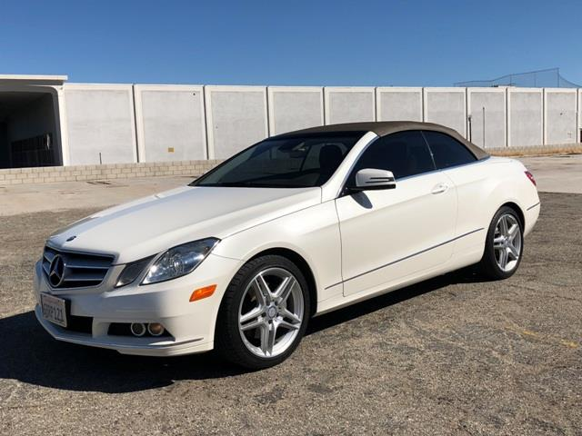 Picture of 2011 Mercedes-Benz E350 located in Palm Springs California Auction Vehicle - OQ0C