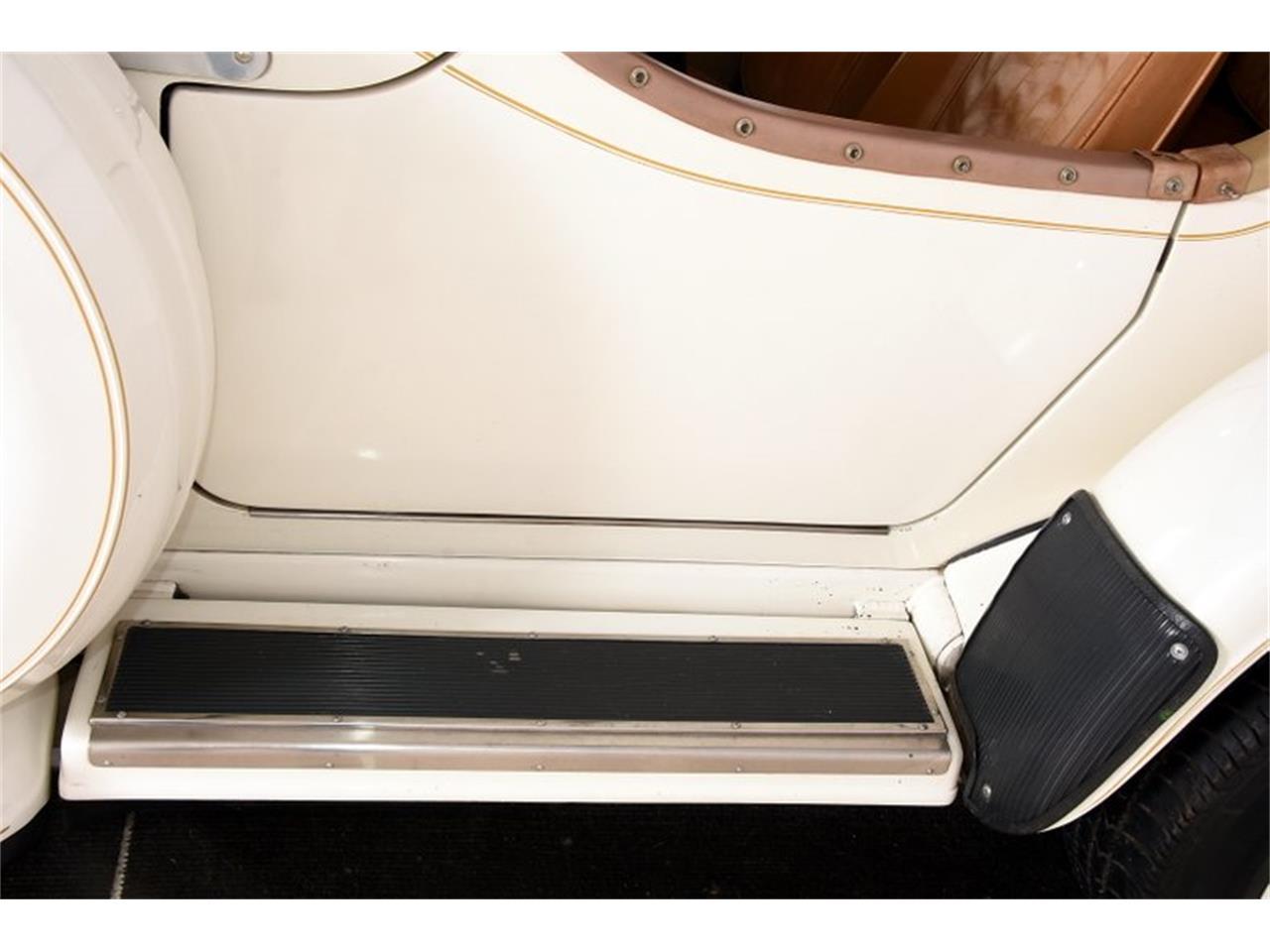 Large Picture of '76 Phaeton - OQ3L