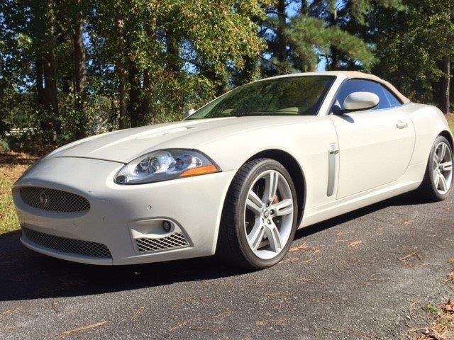 Picture of 2009 XKR Auction Vehicle - OQ4R