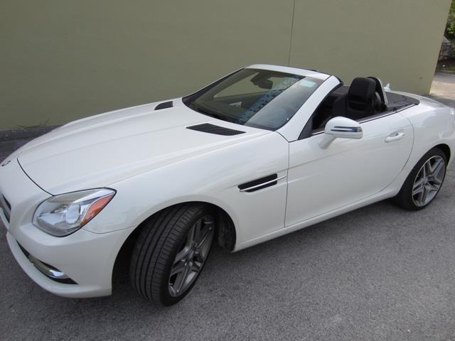 Picture of '13 Mercedes-Benz SLK250 located in Florida - $21,901.00 - OQ67