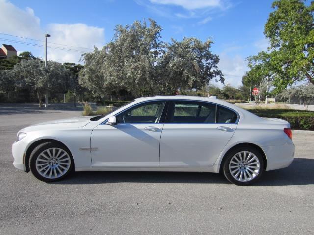 Picture of 2010 750li located in Florida - $18,900.00 - OQ6L