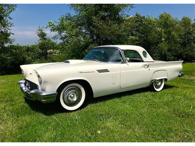 Picture of 1957 Ford Thunderbird located in Dallas Texas Offered by  - OQEV