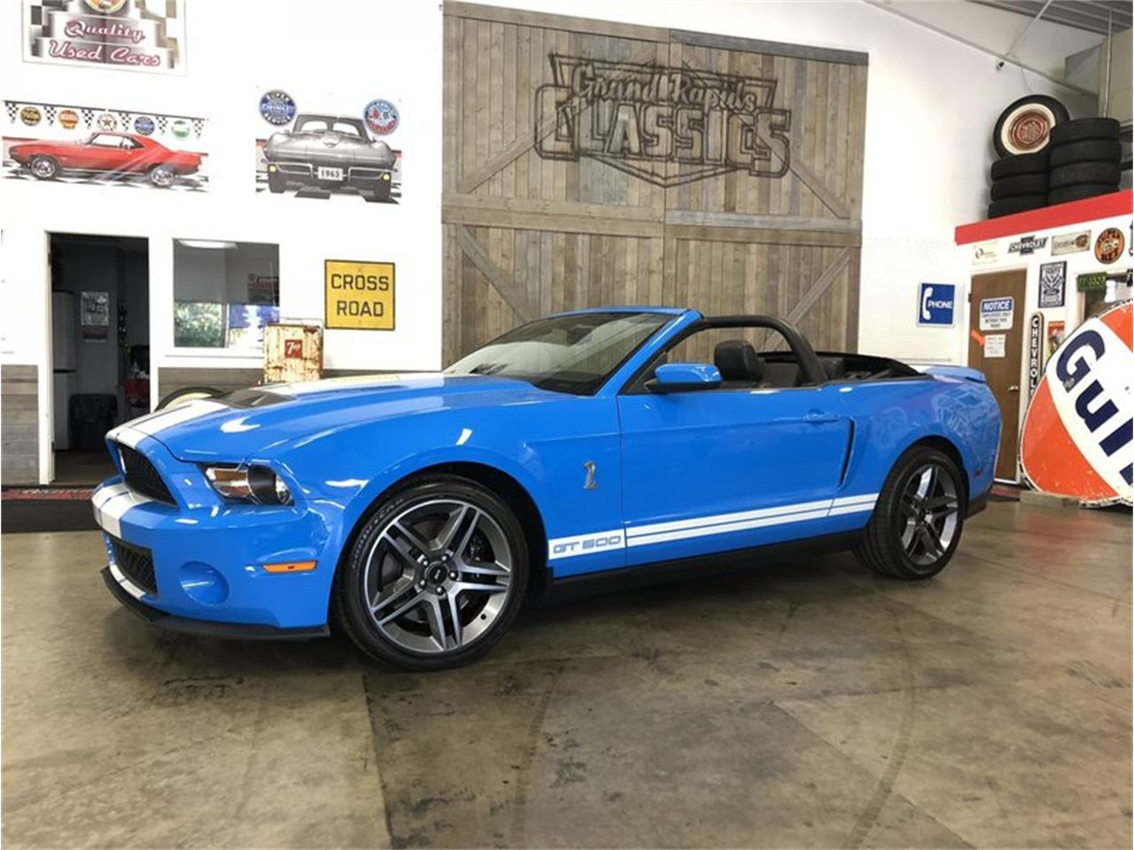 Large picture of 2010 mustang located in grand rapids michigan 30990 00 offered by grand rapids