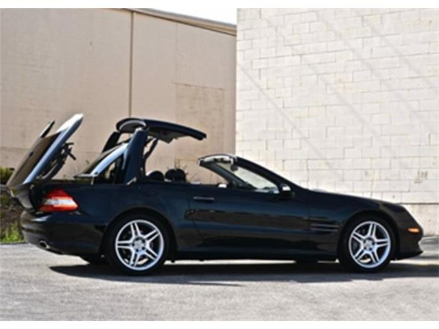Picture of 2007 Mercedes-Benz SL550 located in Texas Offered by  - OQMJ