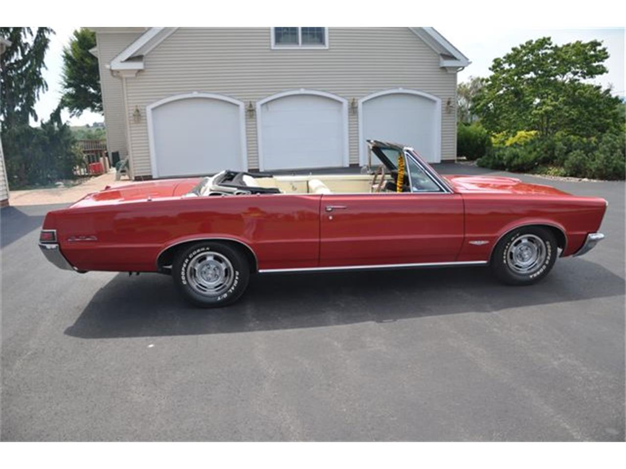 Large Picture of Classic '65 Pontiac GTO - $69,990.00 - OQVM