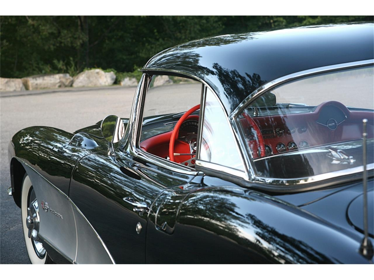 Large Picture of '57 Corvette - OQVW