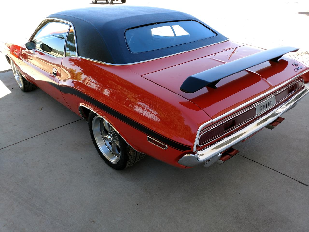 Large Picture of '70 Challenger R/T - OQW3