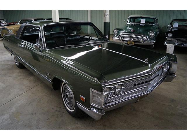 Picture of 1967 Chrysler Imperial Crown located in Canton Ohio - $27,995.00 - OQW6