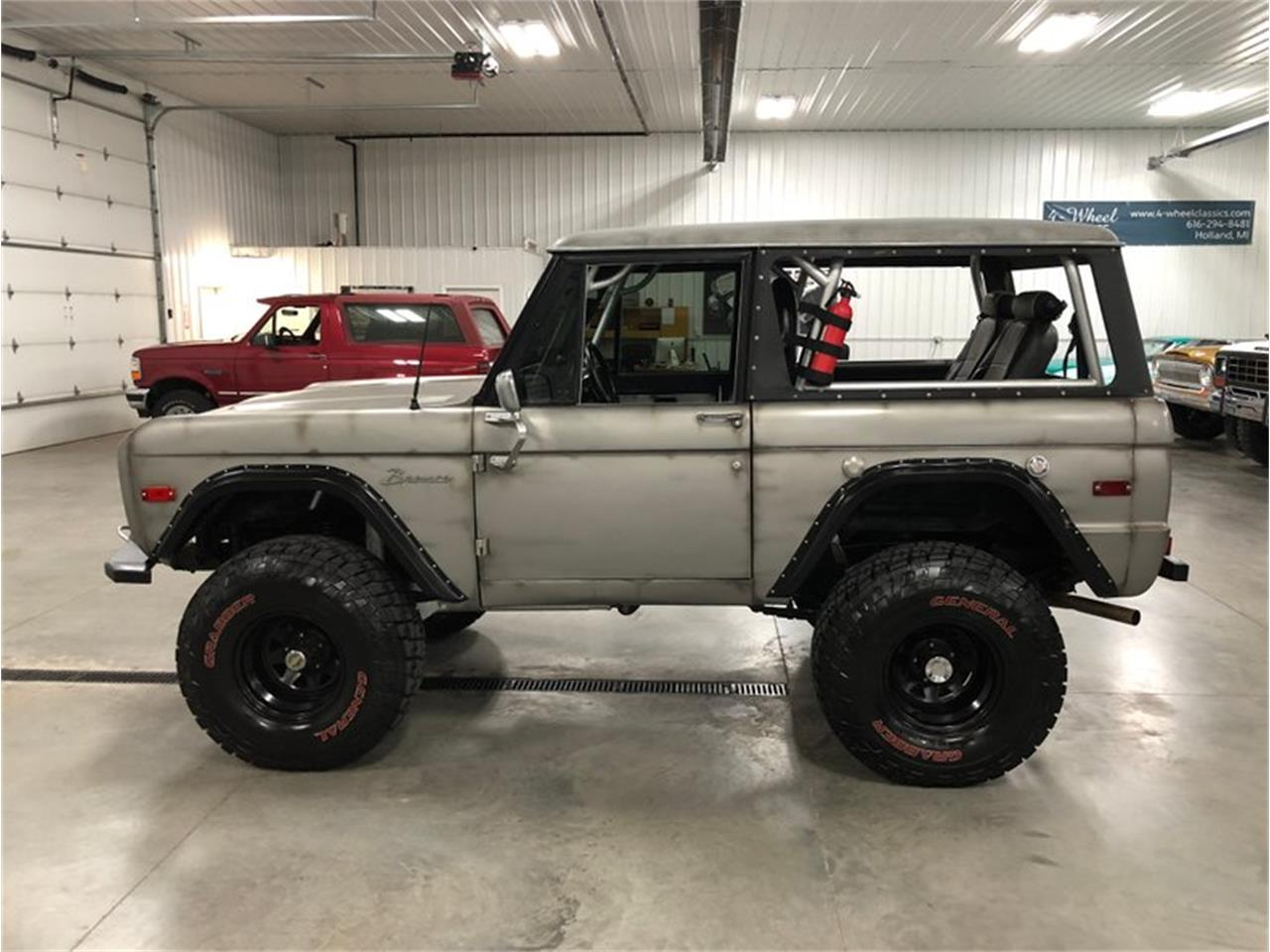 Large Picture of '71 Ford Bronco Offered by 4-Wheel Classics - ONQ3