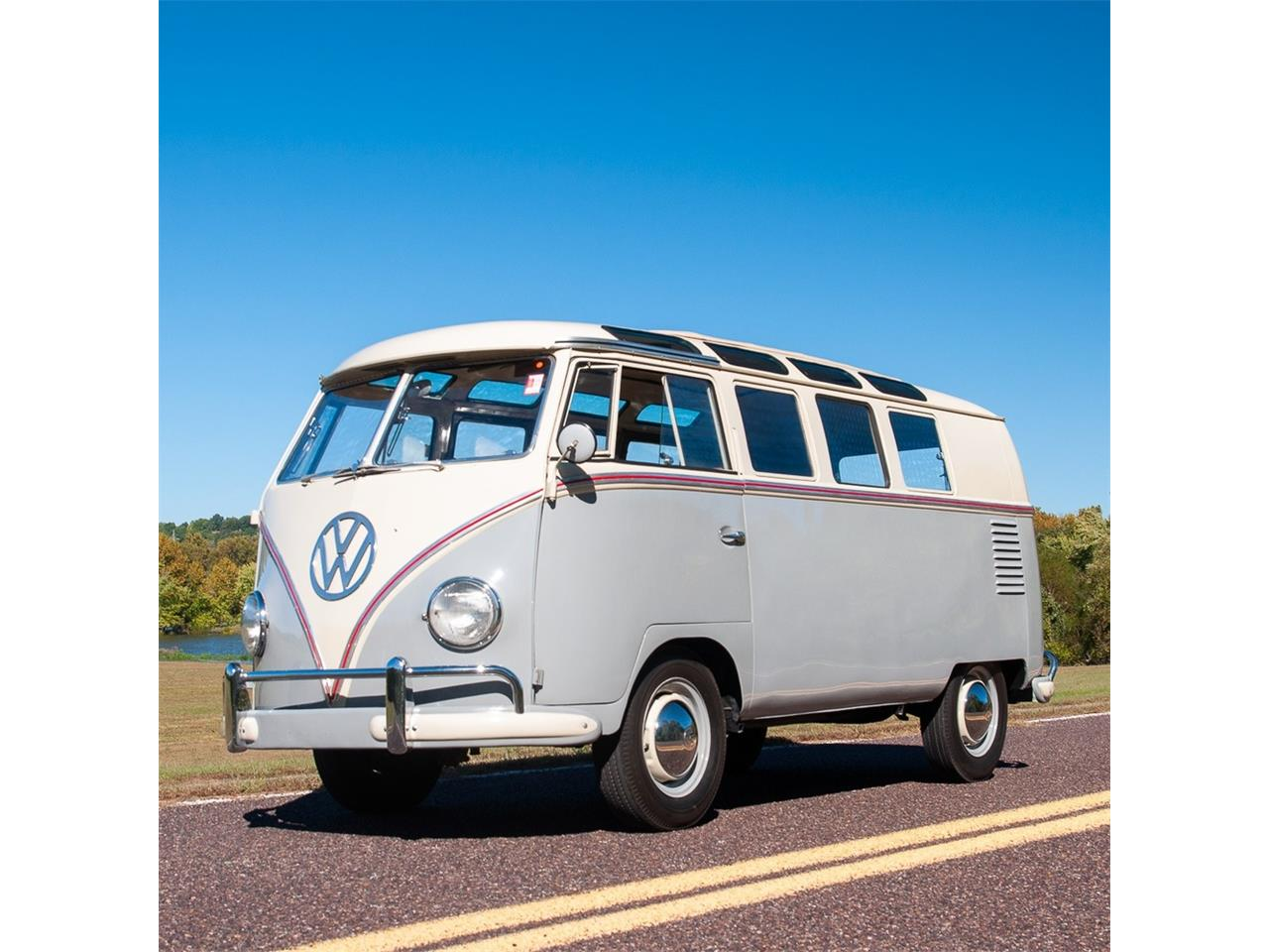 Large Picture of '59 Volkswagen 19-Window Bus located in St. Louis Missouri - $57,500.00 - ORNF