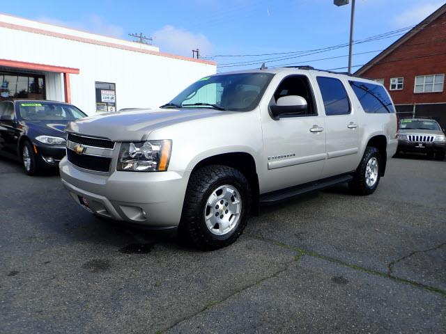 Picture of 2007 Suburban located in Tacoma Washington Offered by  - OROD