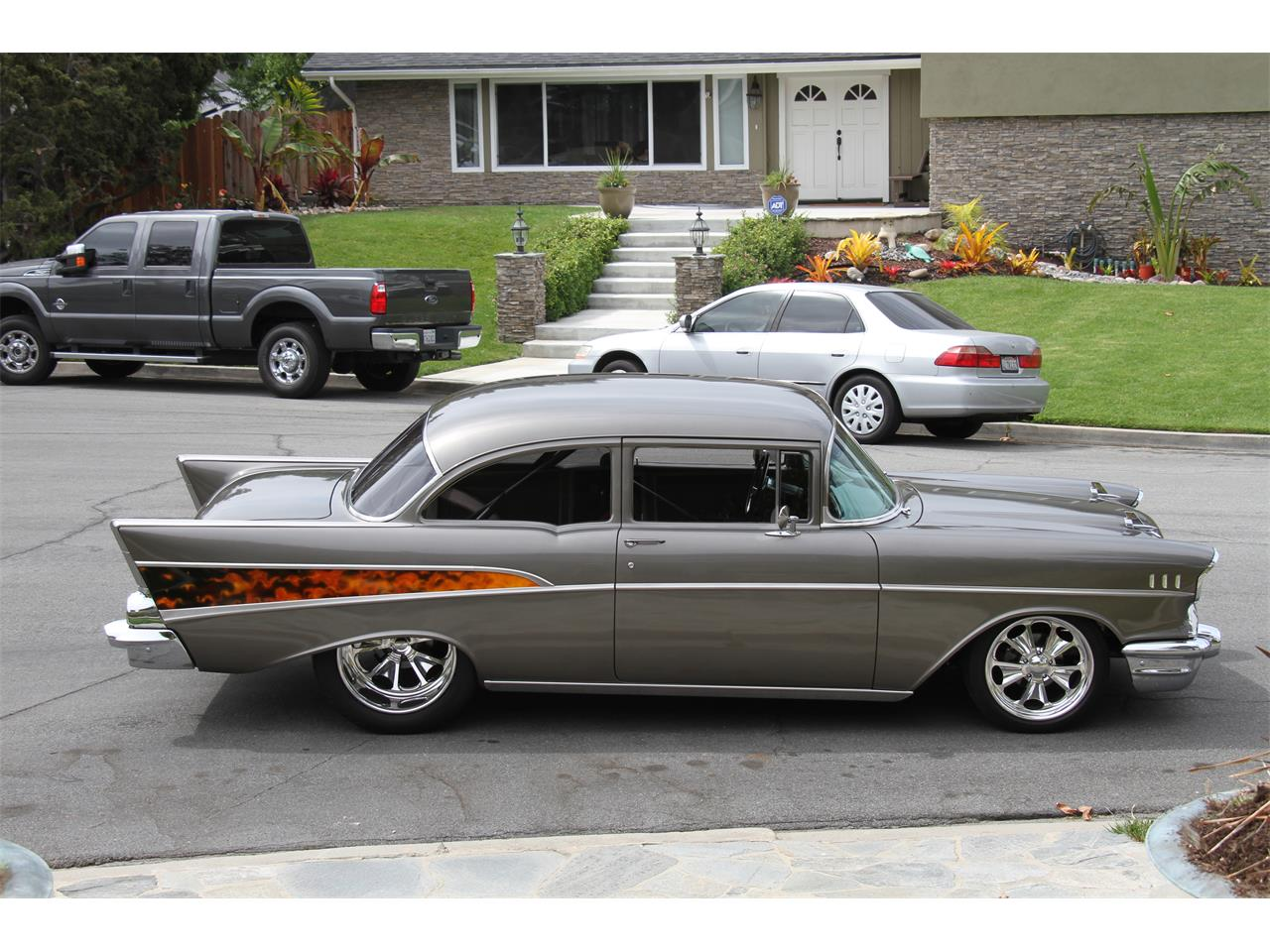 Large Picture of '57 Bel Air - OROY