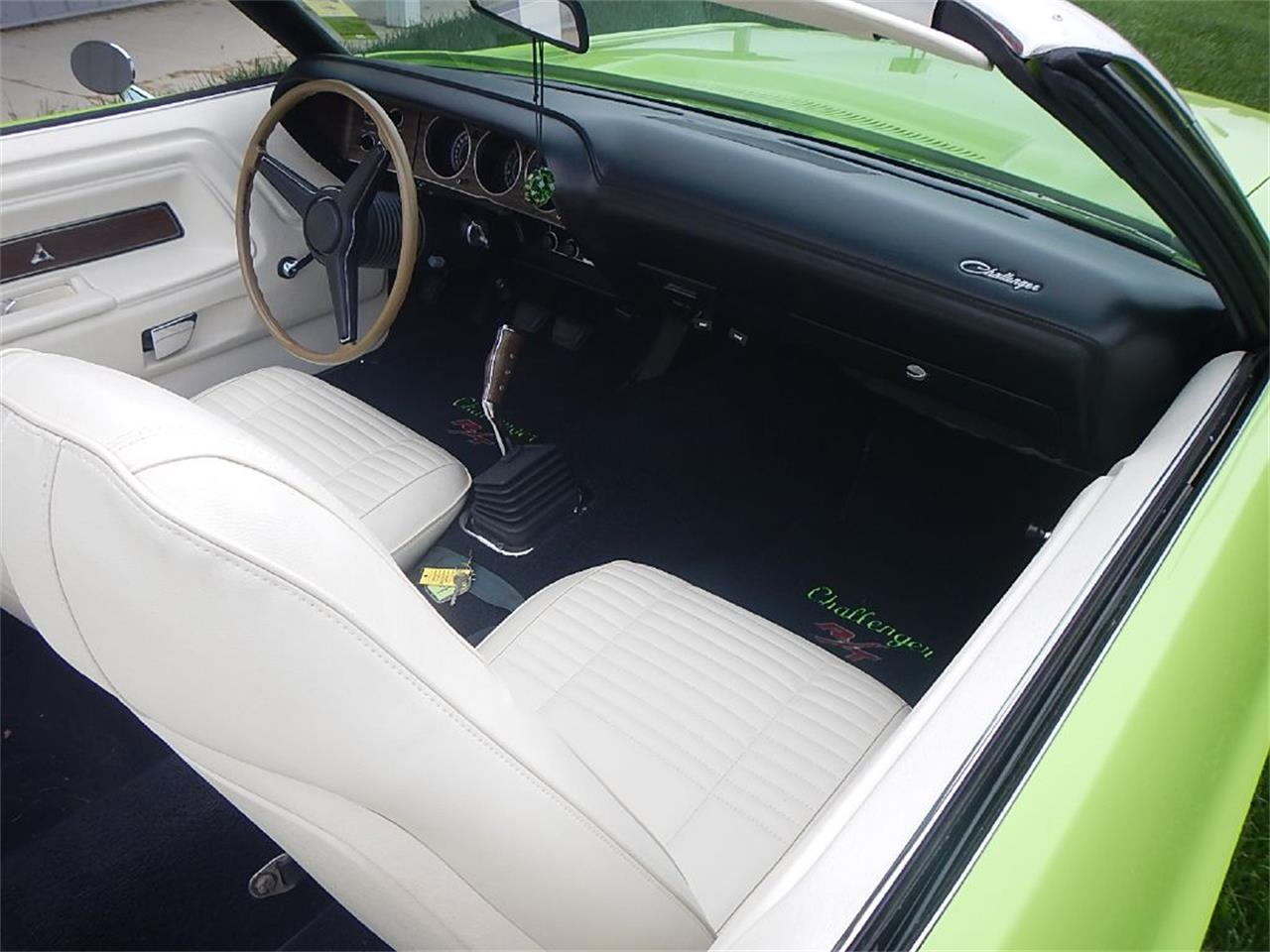 Large Picture of '70 Challenger R/T - ONTI