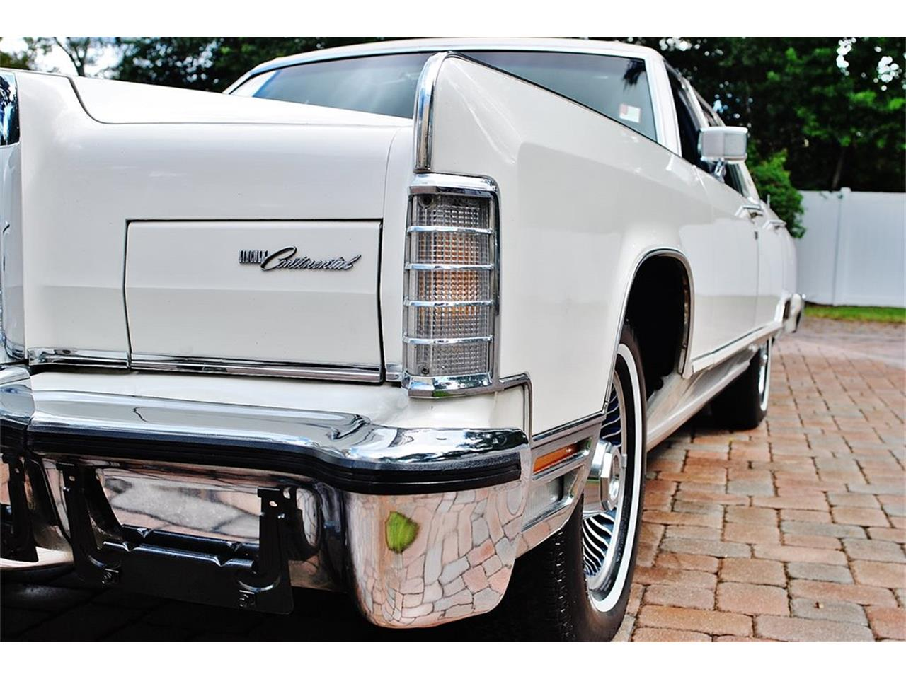 Large Picture of 1979 Lincoln Continental Offered by Primo Classic International LLC - OS3G