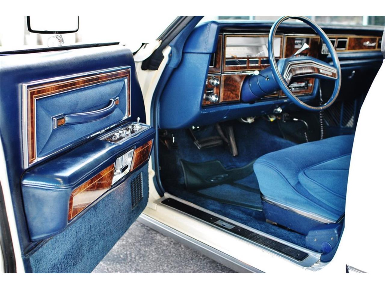 Large Picture of '79 Continental Offered by Primo Classic International LLC - OS3G