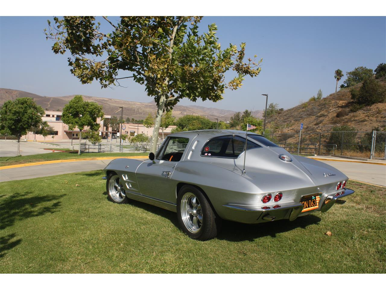 Large Picture of '63 Corvette - OS85