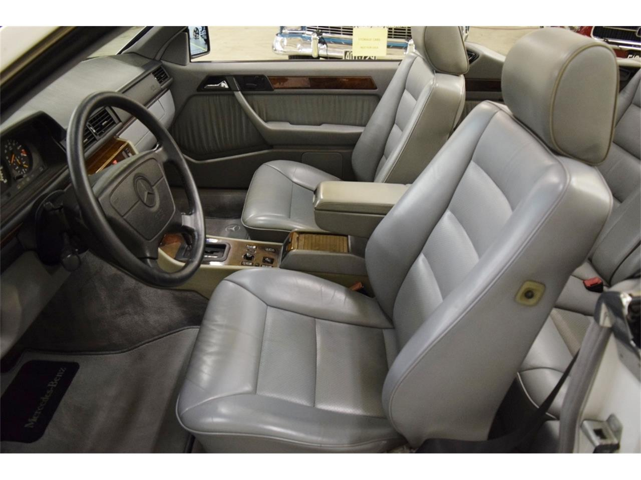Large Picture of '93 Mercedes-Benz 300CE - ONU8