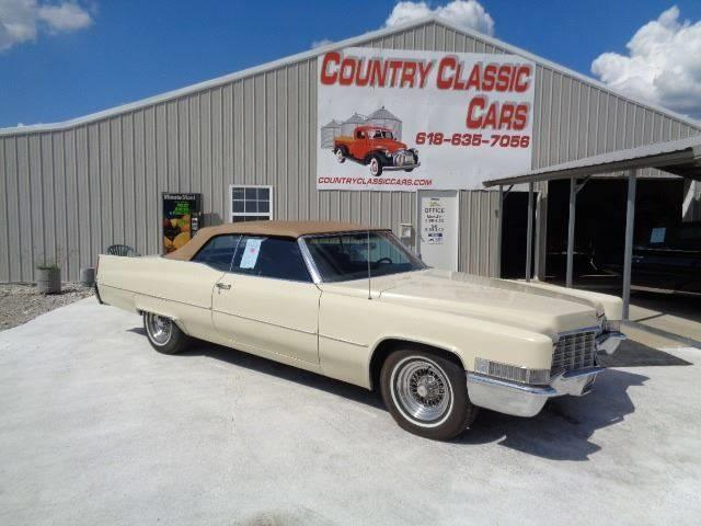 Picture of '69 Cadillac Convertible located in Staunton Illinois Offered by  - ONX0
