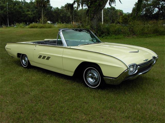 Picture of Classic 1963 Ford Thunderbird Auction Vehicle Offered by  - OTF8