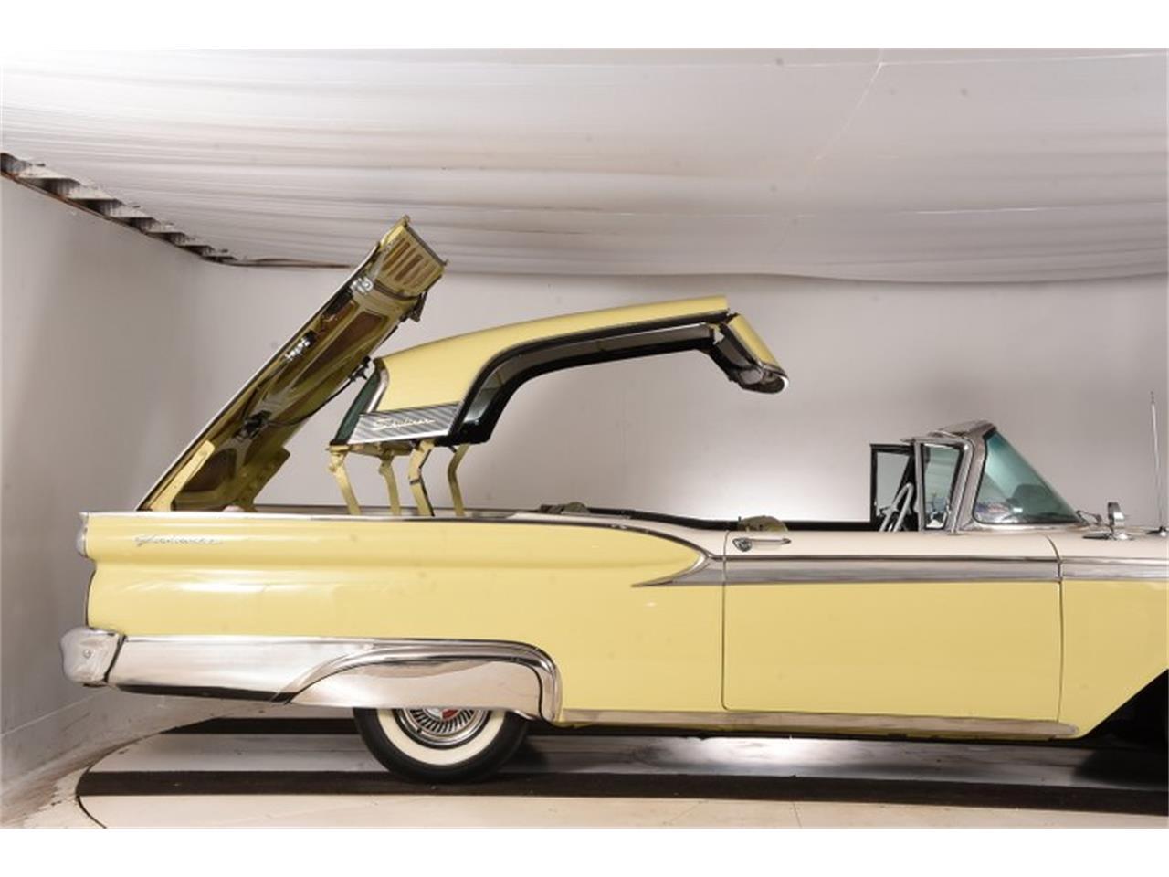 Large Picture of Classic 1959 Fairlane - OTK2