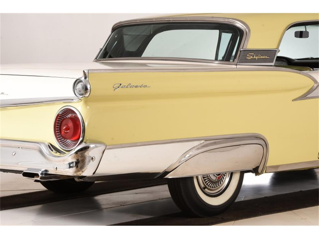Large Picture of '59 Fairlane Offered by Volo Auto Museum - OTK2